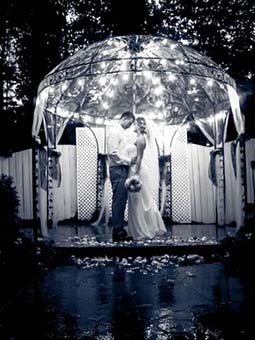 bride and groom at intimate wedding venue in Marietta, GA